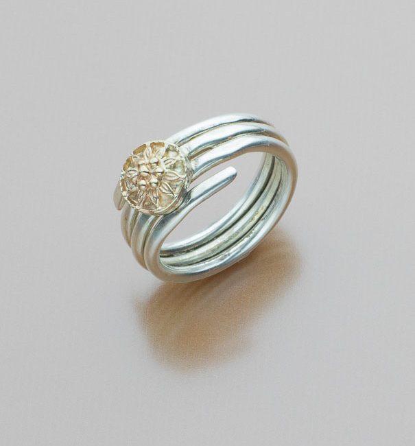 Gold Flower Ring