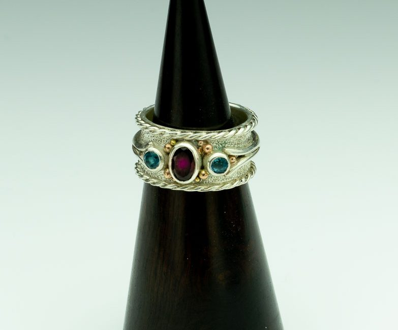 Red Burma Spinel with Blue Topaz Band Ring