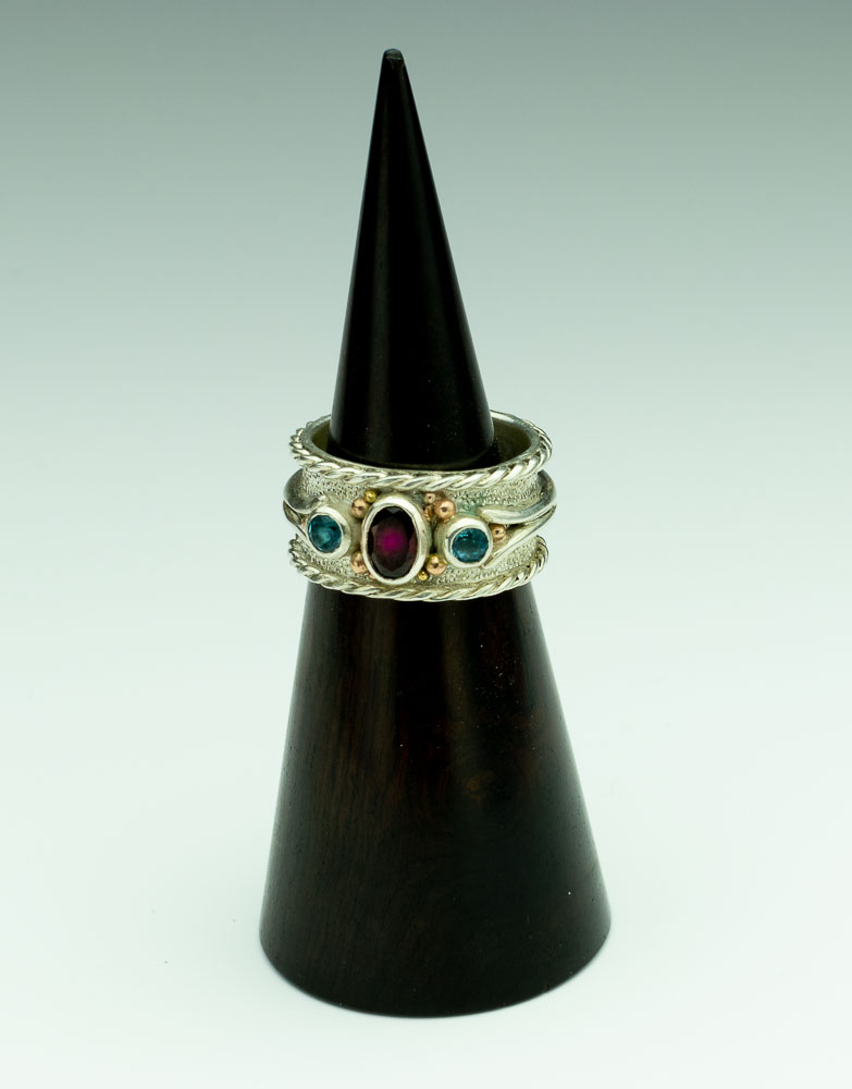 Red Burma Spinel with Blue Topaz Band Ring Image